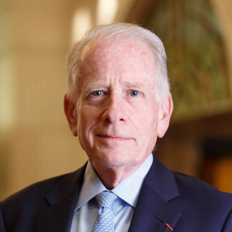 Allan E. Goodman博士